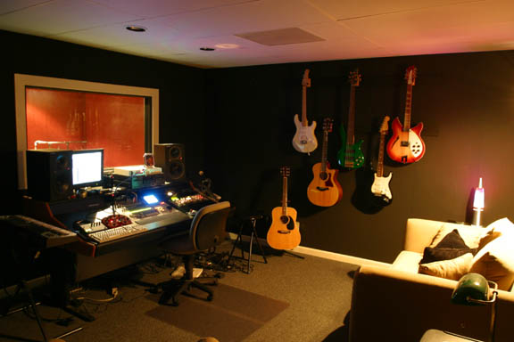 Chip martin productions nashville tennesse recording studio for What is the square footage of a 15x15 room